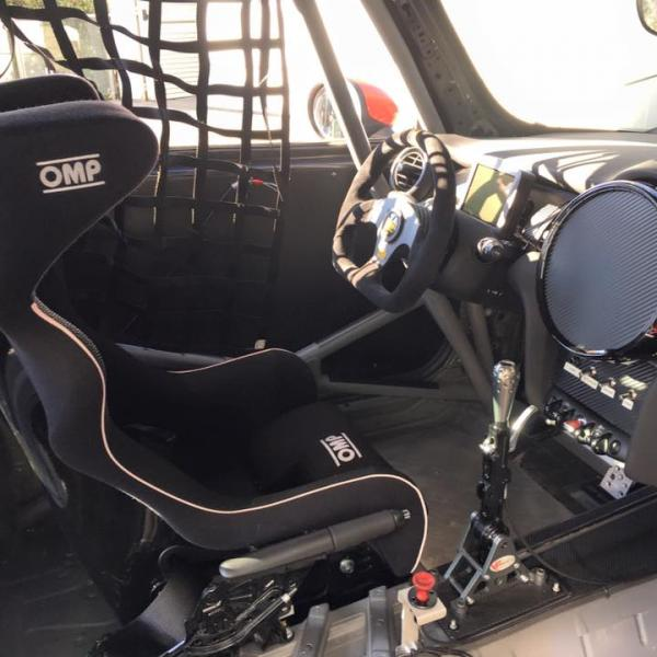 Mini John Cooper Works Challenge - Cockpit